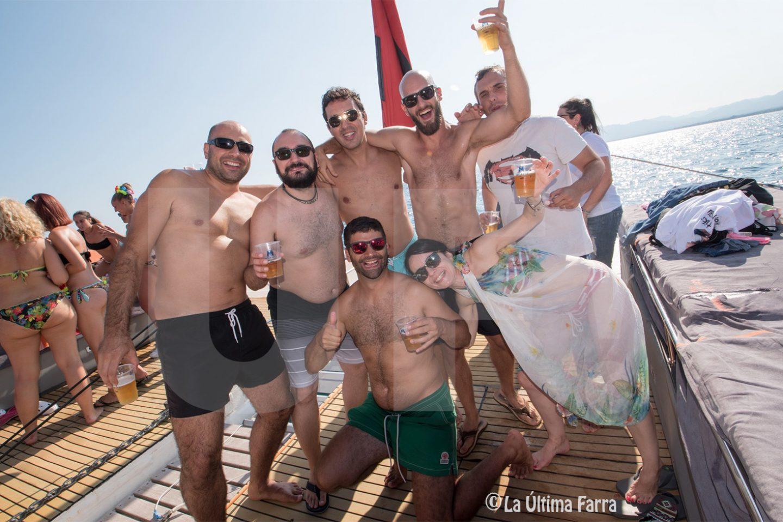 Fiestas en Barco en Salou